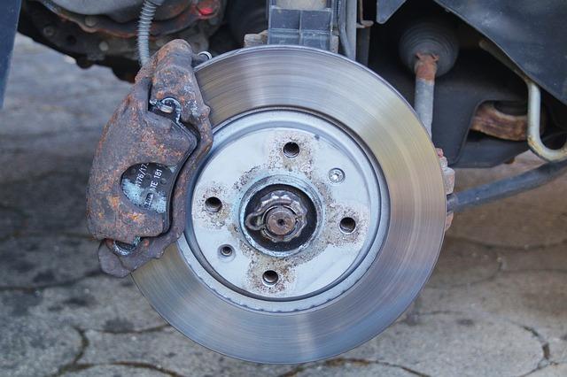 Старый тормозной диск, замена